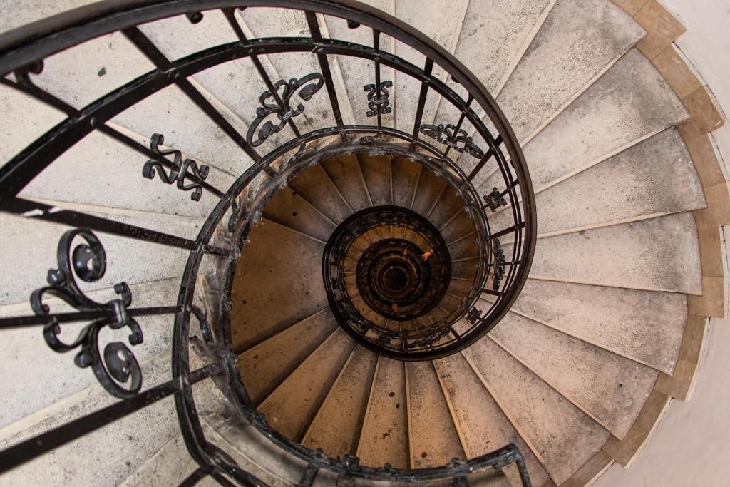 1Escalera espiral